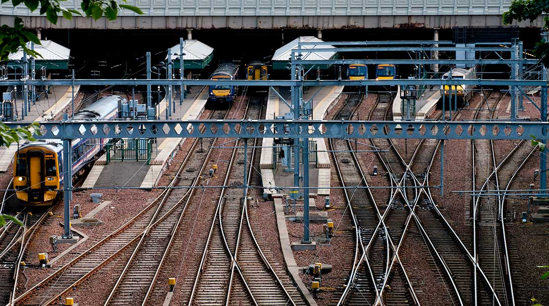 UK Railway Reorganizes Contractor Management